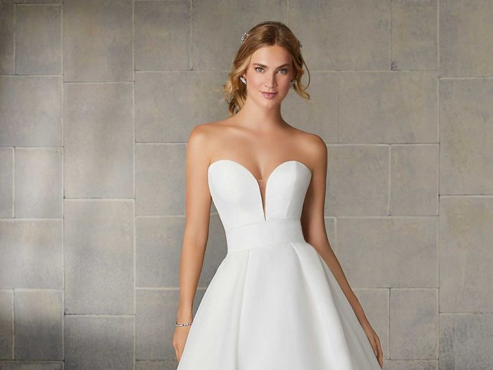 Tmx Uploads 1574363972765 2138 0070 1120x1600 51 15352 159484371334316 Oak Creek, WI wedding dress