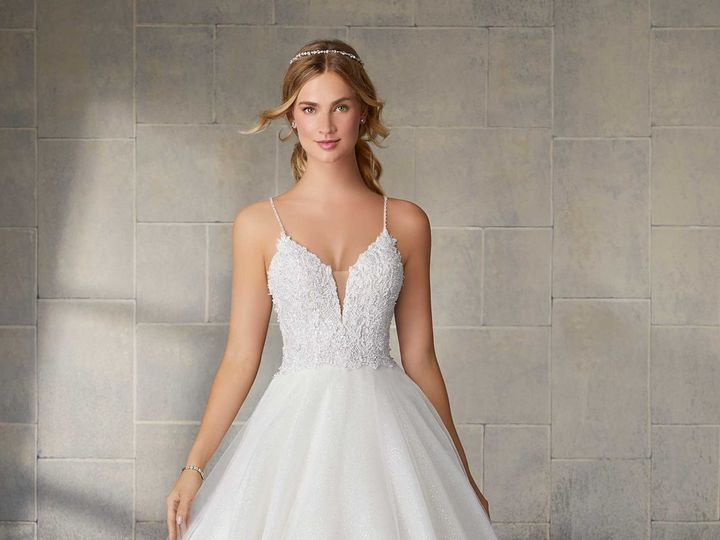 Tmx Uploads 1575660479165 2145 0047 1120x1600 51 15352 159484442257019 Oak Creek, WI wedding dress
