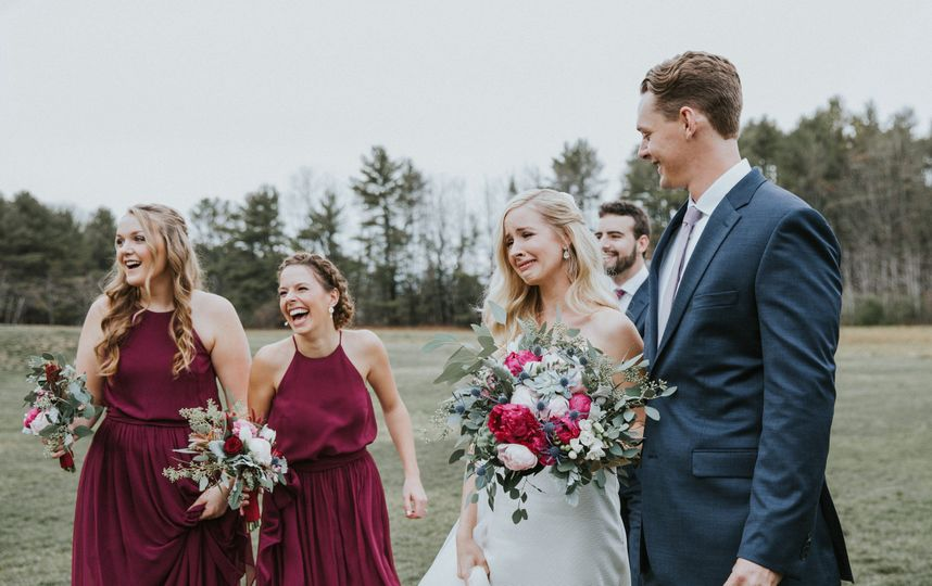 A groom surprises his bride with a horse she used to ride