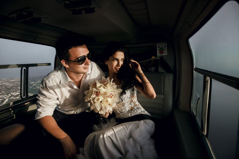 newlyweds helicopter shutterstock 407026546 med res 51 596452