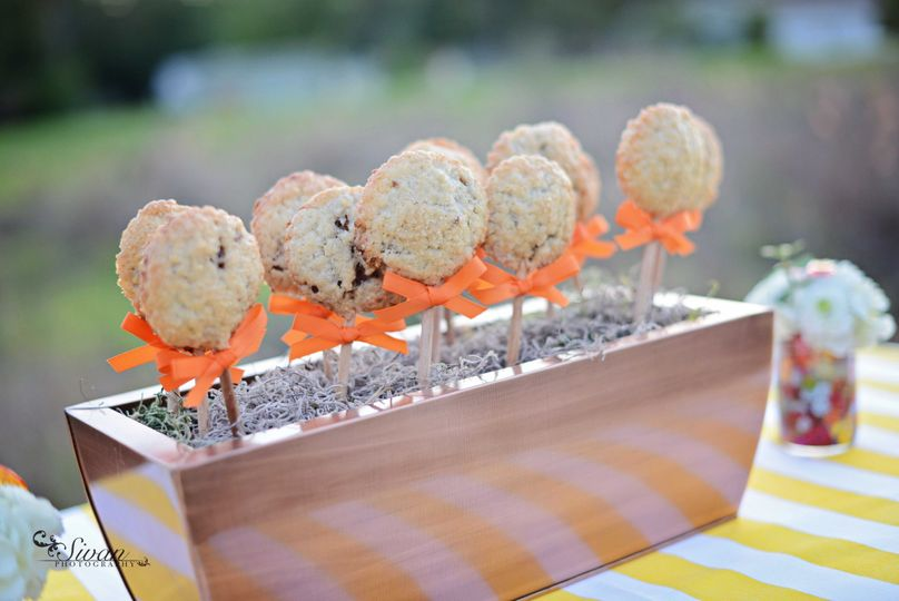 Dessert pops | Credit:  Sylvan Photography