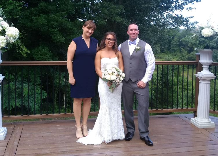 Sarah and Drew, The Riverhouse at Goodspeed Station