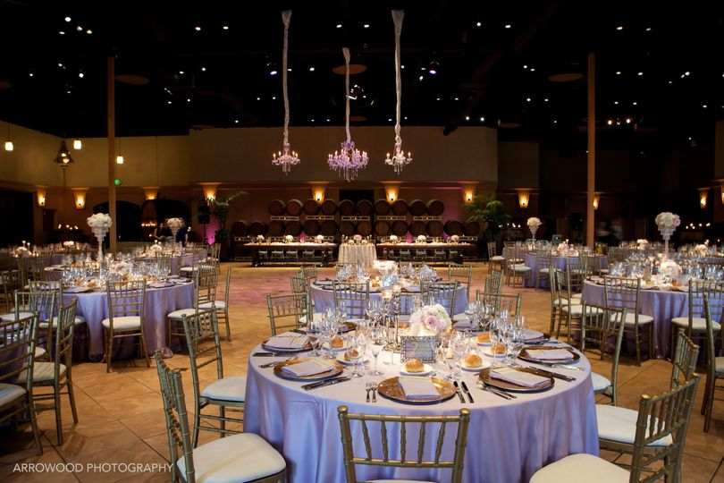 Elegant wedding reception - arrowood photography