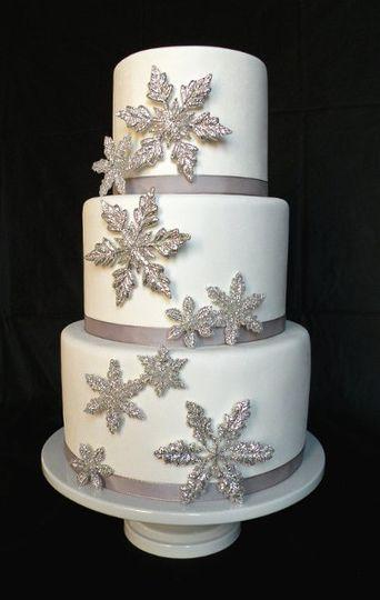 Silver Snow Fake (fake) Wedding Cake