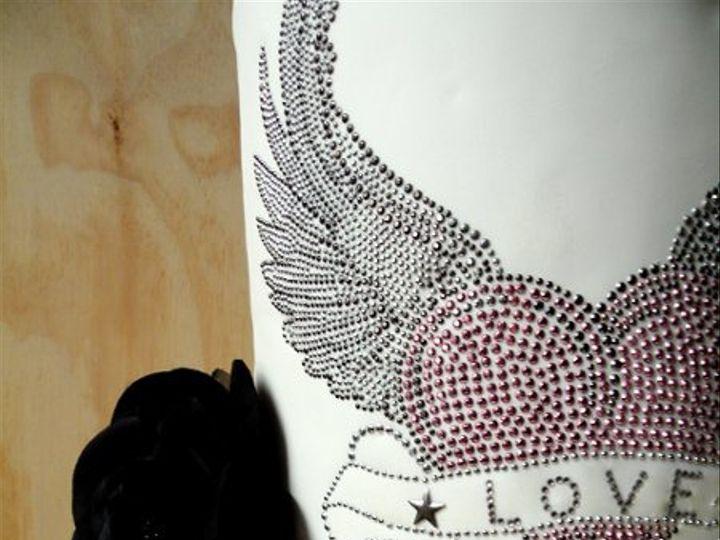 Tmx 1297972345234 WingedHeartFakeWeddingCakedetail New York wedding cake