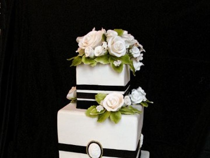 Tmx 1297974924062 BlackWhiteWeddingCakeRental New York wedding cake