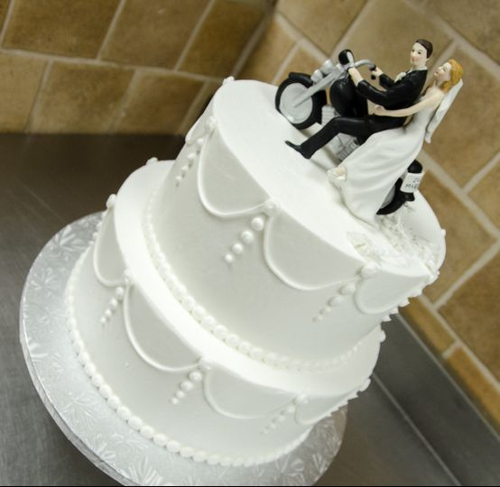 800x800 1494257060091 biker wedding cake 3 copy