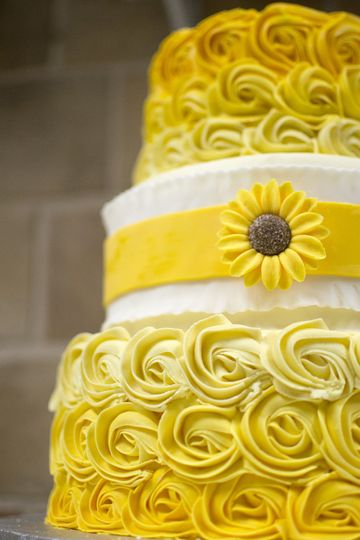 800x800 1494342278924 sunflower cake deatil copy