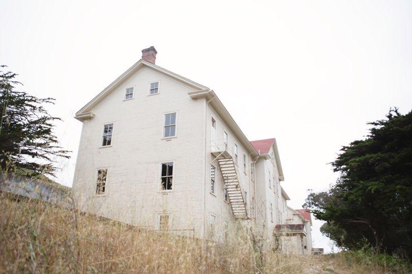 14building exteriorandrialo055