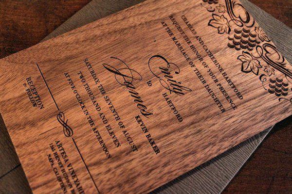 Engraved wood Wedding Invitation - Vine