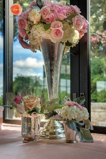 Pink and white garden rose center piece