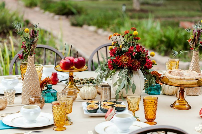 Beautiful fall table for a farm to table dinner