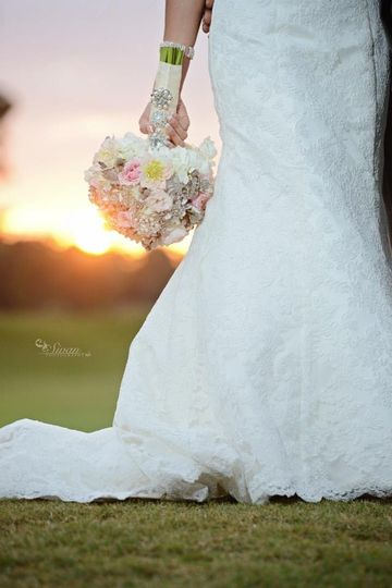 800x800 1389192434806 bride bouquet sunse