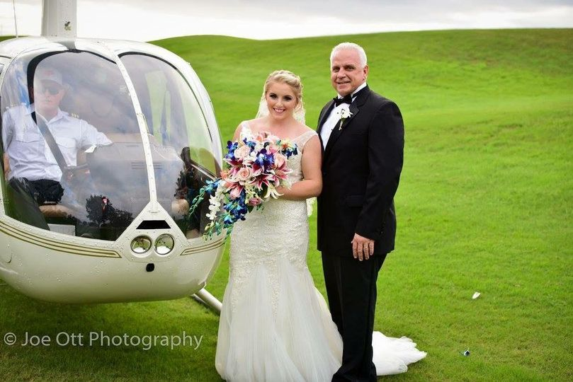 Bride and Dad Helicopter Entra