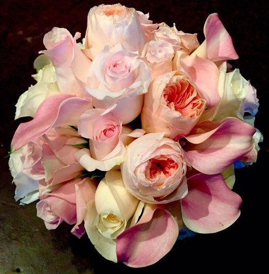 mrs dehaven 39 s flower shop flowers tulsa ok weddingwire. Black Bedroom Furniture Sets. Home Design Ideas