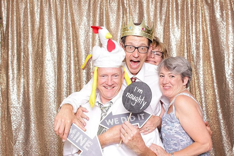 wedding photobooth at rehoboth beach country club