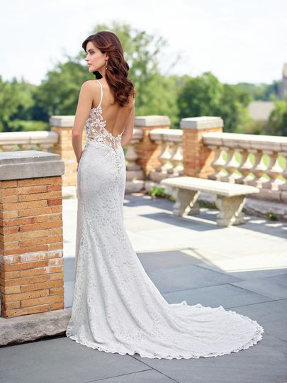 Backless trumpet dress