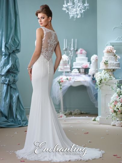 Simple dress with lace back