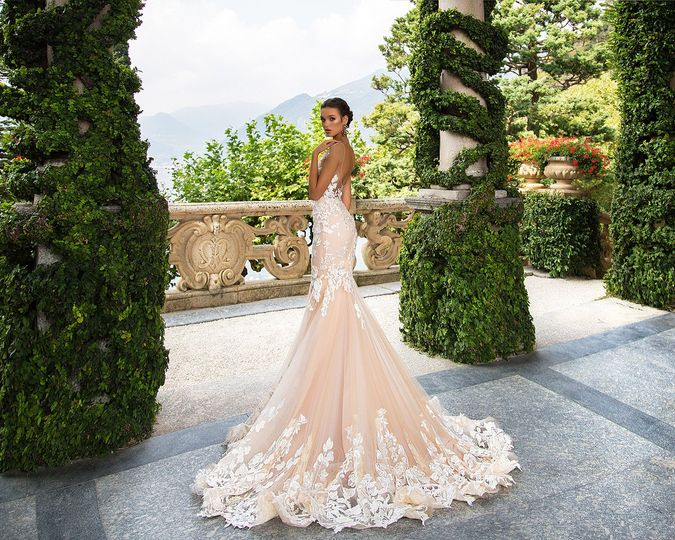 Alessa 39 s bridal dress attire coral gables fl for Coral gables wedding dresses