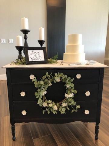 Tmx Cake 3 51 420752 1565657720 Holland, MI wedding venue