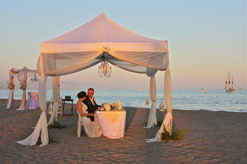 "Romantic Beach Elopement: ""King Neptune's Bride"""