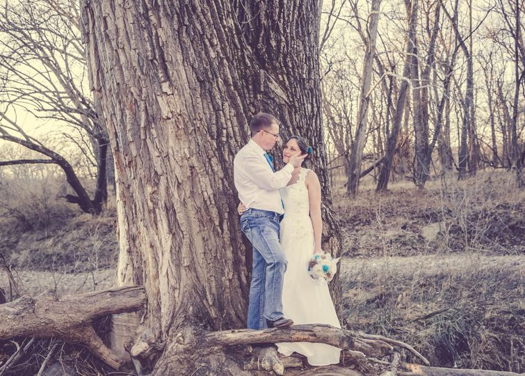 Couples portraitPhoto by Crooked River Farm Photography LLC