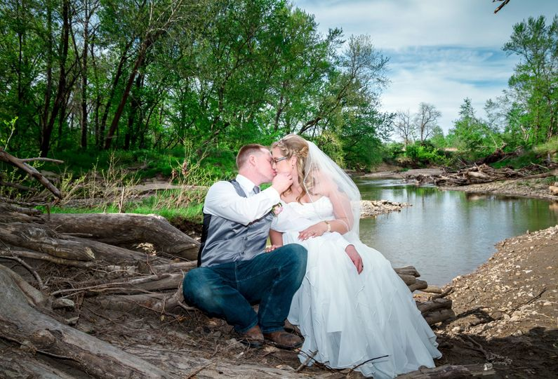 Couples portrait. Photo by Crooked River Farm Photography LLC.