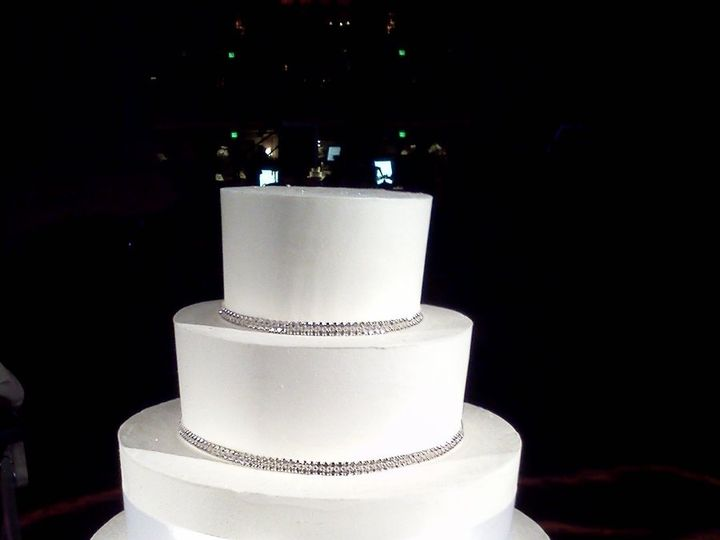 Tmx 1341336682171 101111WC4 Cincinnati, Ohio wedding cake
