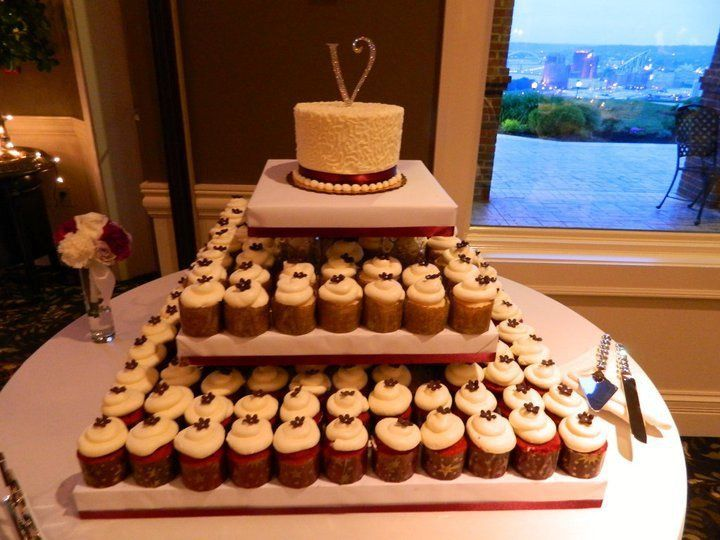 Tmx 1341337721576 TSmithWC52711 Cincinnati, Ohio wedding cake