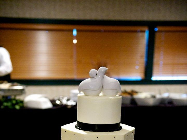 Tmx 1347908954292 ASE9589DMI Cincinnati, Ohio wedding cake