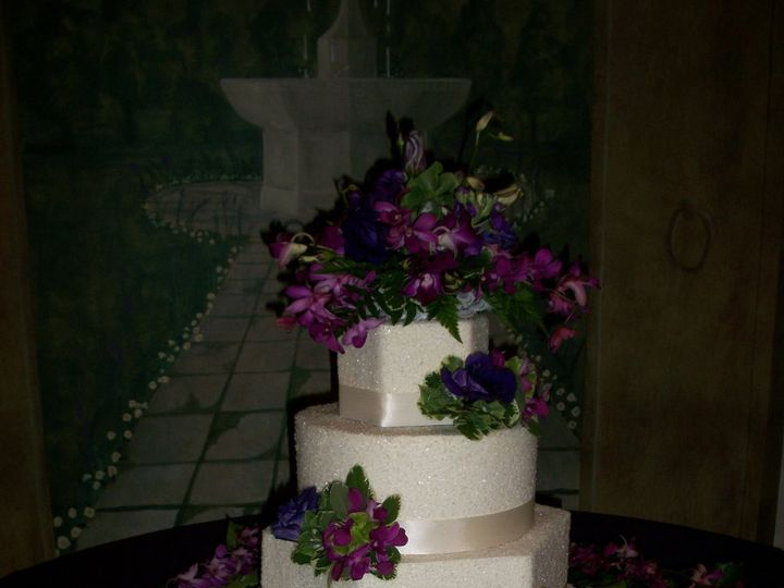 Tmx 1347910485377 Pictures72011002 Cincinnati, Ohio wedding cake