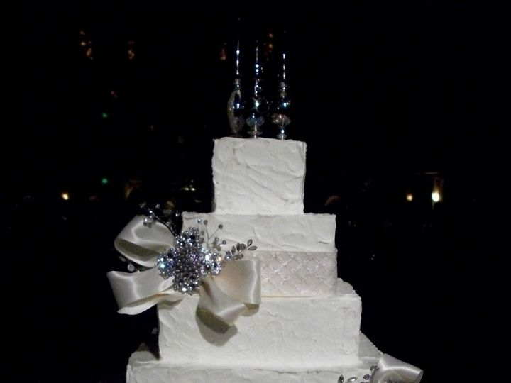 Tmx 1347910841076 1002340 Cincinnati, Ohio wedding cake