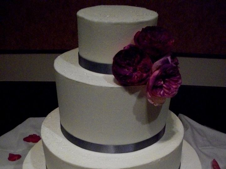 Tmx 1347912712375 20080621Newcakes12070314 Cincinnati, Ohio wedding cake