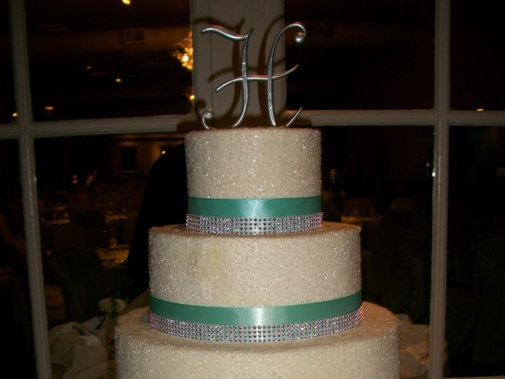 Tmx 1372171553001 1002986 Cincinnati, Ohio wedding cake