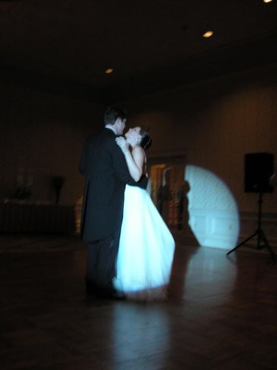 Rockin' Robin's DJs can also provide a Cinderella First Dance Spotlight......
