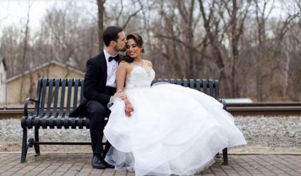 Fashion Irina-Custom Wedding Gowns