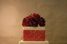 Kuramata cakes and sugar flowers