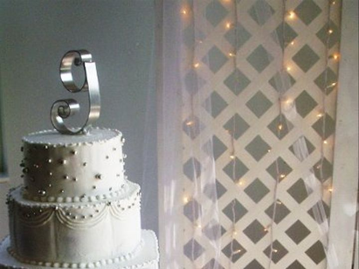 Tmx 1264006031842 Julyweddingcakestobesorted042 Nashville wedding cake