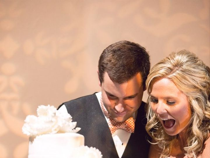 Tmx 1341338667300 MasseyStonekingChrisandAdrienneScottPhotographersNMasseyFaves0110low Nashville wedding cake