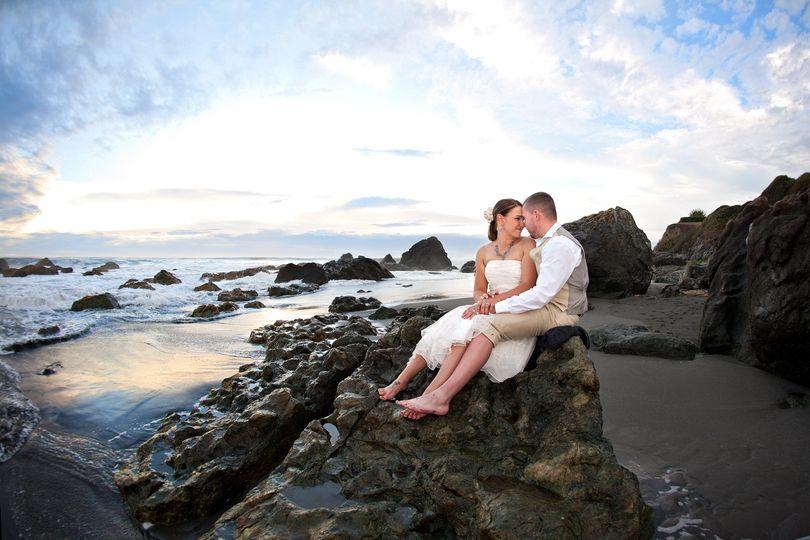 oregon california beach destination wedding photog