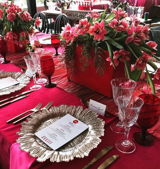 Bold Colors Table Scape