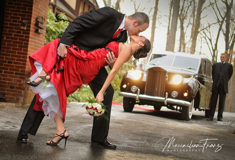 17dd6222aad6d697 1534791233 895c72b2a8594ca6 1534791220785 59 Gramercy Wedding
