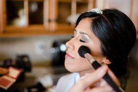 Rhiana Amber Makeup Artistry
