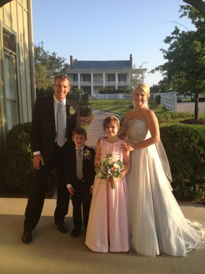 Beautiful family - Carnton Plantation is a magical wedding venue
