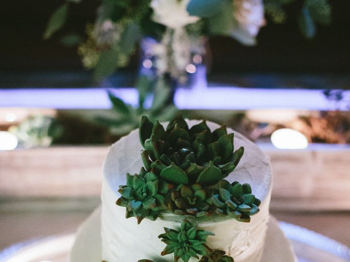 Tmx 373 51 658852 1566333560 Santa Barbara, California wedding cake