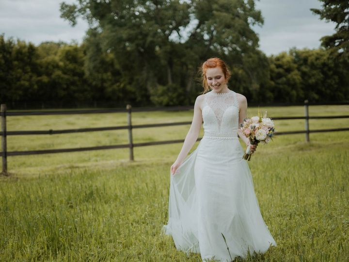 Tmx Madisonheathkaylinandmax 51 661952 158387404666086 Burnsville, MN wedding dress