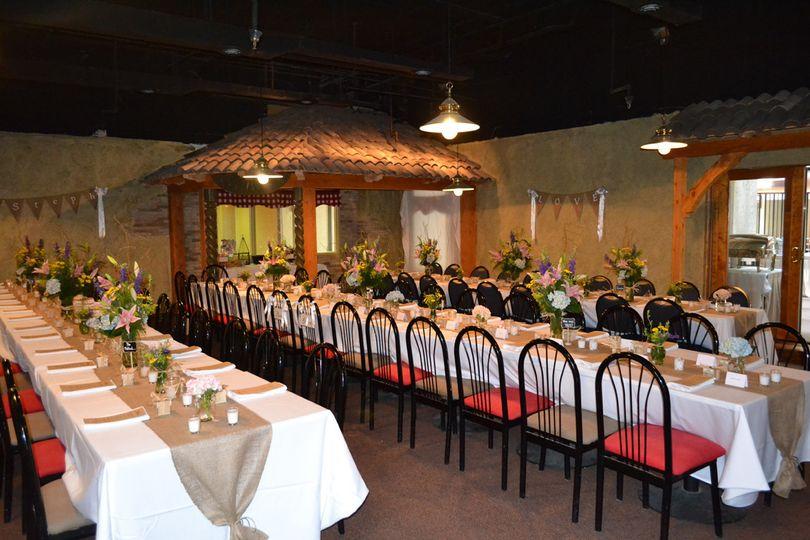 Chianti's Long table setup