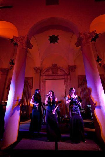 Trio singers