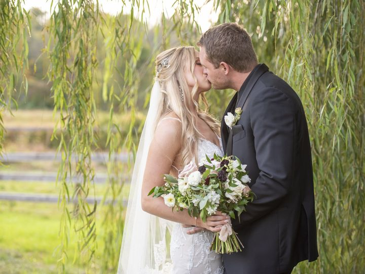 Tmx Heather And Zeck Wedding Pic 4143 51 978952 160390790345438 Media, PA wedding photography