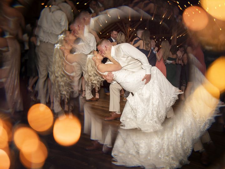 Tmx Wedding Pic 973 51 978952 162134373453679 Media, PA wedding photography